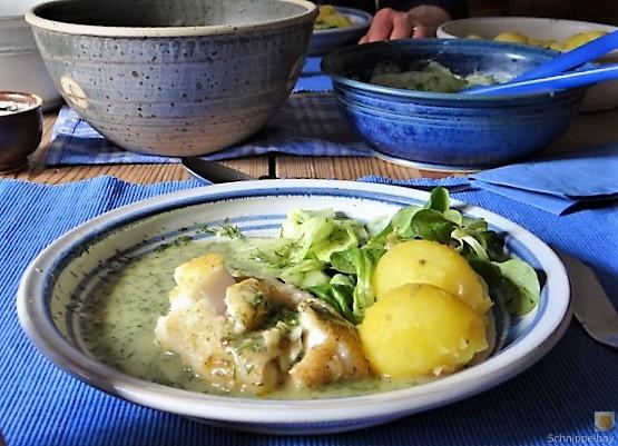 Kabeljau, Dillsoße, Salate und Kartoffeln (19)