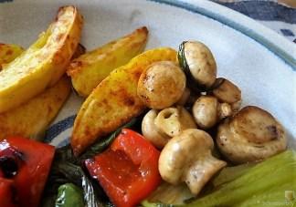 Pak Choi, Champignons und Kartoffelspalten (32)
