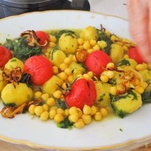 Kichererbsen mit Kartoffeln, Spinat-Tomaten (19)