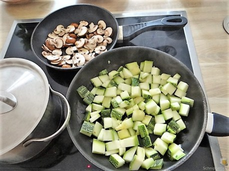 Nudeln-Lachsforelle-Gemüse und Ruccolapesto (20)