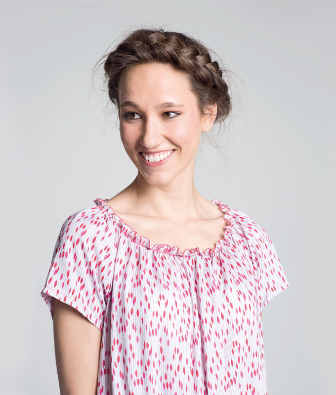 Schnittmuster Kleid Jona ist ein lässig sitzender, einfacher Kleiderschnitt mit Raglanärmeln