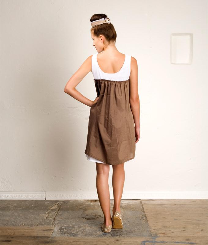 Schnittmuster Kleid Lelia ist ein luftiges Sommerkleid mit Raffung im Vorder- und Rückenteil