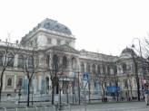 the façade of the main university building/ Hauptgebäude