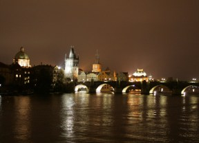 Prague-at-night-7