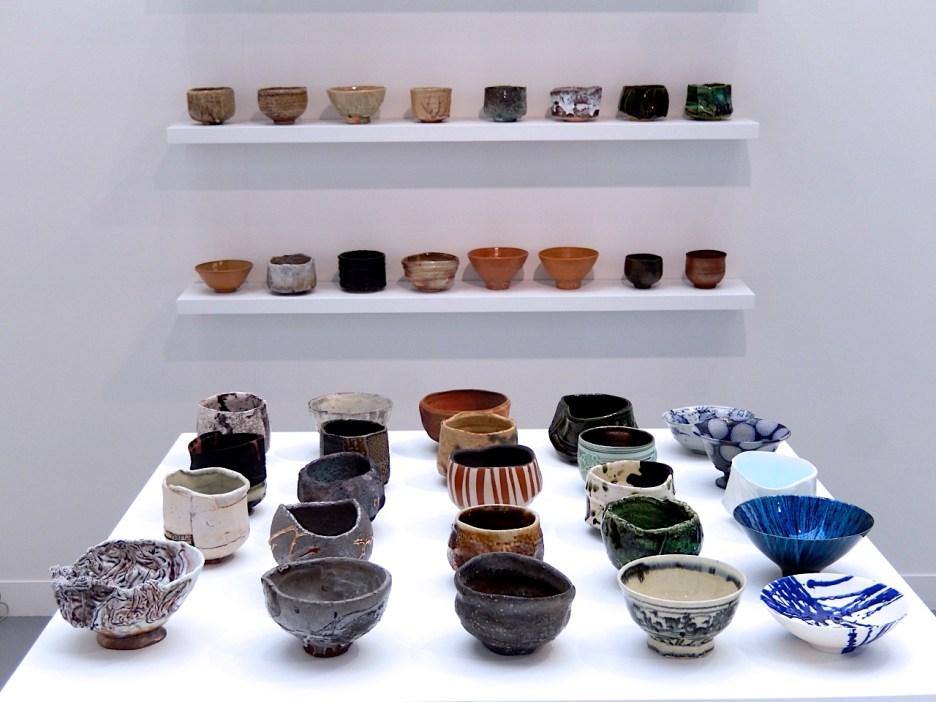100 Bowls _ Gallery Tosey, Osaka auf der Révelations, Paris 2017 | Foto: Schnuppe von Gwinner