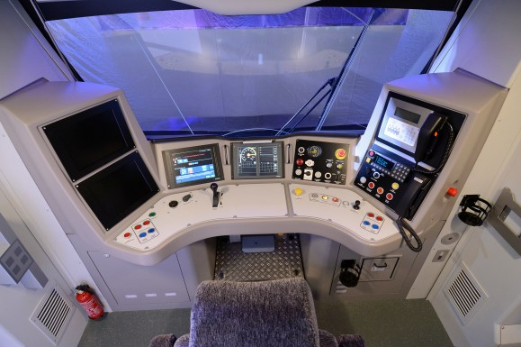 DG169245. Drivers desk. Thameslink Desiro. London. 28.1.14.