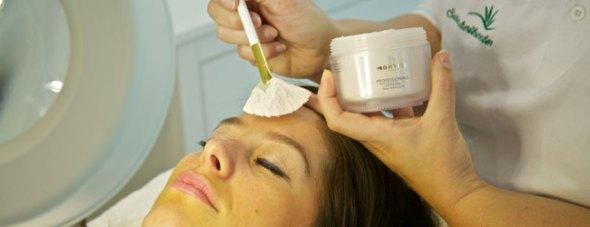 Kosmetikbehandlung in Baden bei Wien