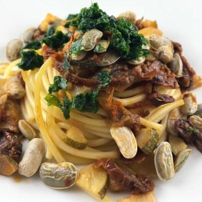 Spaghetti mit Bohnen