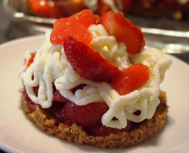 Spaghetti-Erdbeer-Törtchen (ohne backen)
