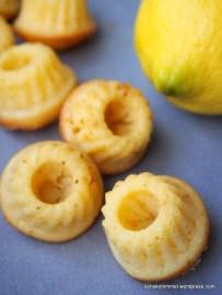 Mini-Zitronen-Buttermilch-Gugl