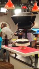 Die Kamera erfasst die Altbier-Schoko-Torte in ihrer ganzen Schönheit ;-)