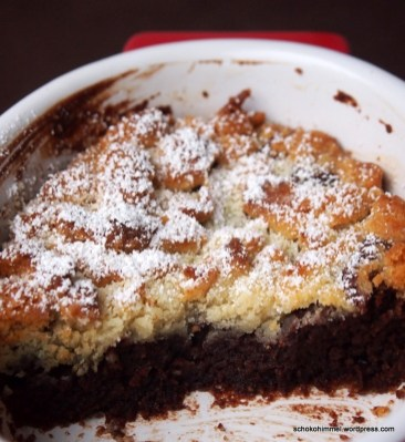 Lauwarmer Schoko-Marzipan-Crumble als Weihnachtsdessert