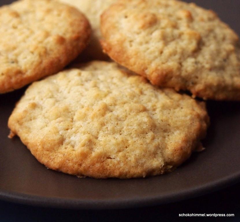 Haferflocken-Kekse mit Macadamias