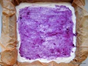 no bake Sahnequark-Blaubeer-Kuchen auf Reiswaffel-Boden
