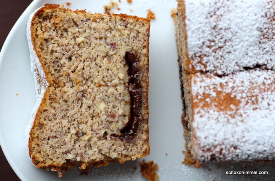 Saftiger Haselnuss-Kuchen mit flüssigem Nougat-Kern