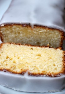 saftiger Zitronenkuchen mit Mascarpone