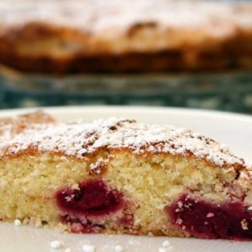 Leichter Kuchen für heiße Tage: Kirsch-Buttermilch-Kuchen