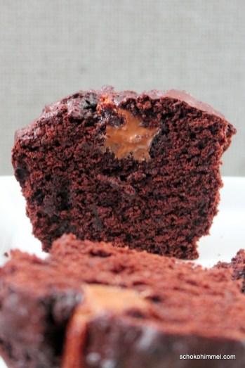 Schoko-Muffins mit Nougat-Füllung