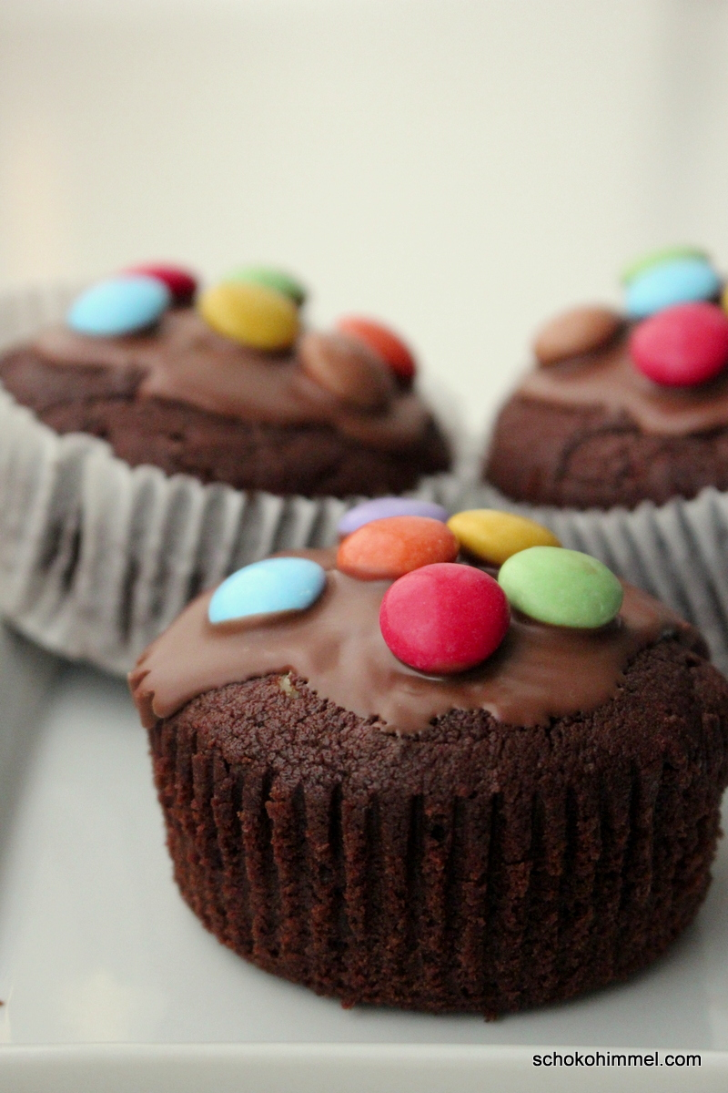 Cremige Nougat-Muffins [und Smarties on top] - Schokohimmel