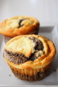 Mohn-Muffins mit Quarkcreme