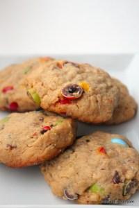Erdnussbutter-Cookies mit M&Ms