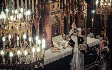 Requiem solennel pour Louis XVI du 21 janvier 2013 : à l'élévation du Corps du Seigneur