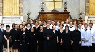 La Schola Sainte Cécile autour de M. l'Abbé Iborra