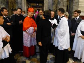 Présentation de notre organiste au cardinal