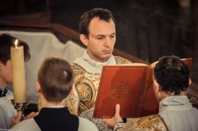 10-Immaculée Conception 2013 - chant de l'évangile par le diacre