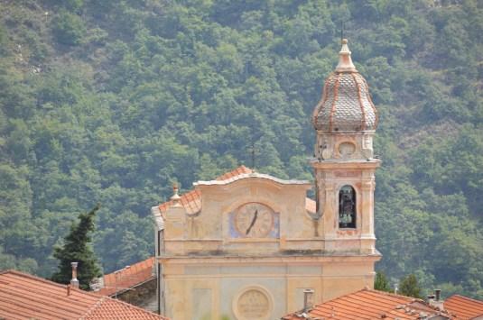 02 - L'église de Villatalla, siège de la communauté des Bénédictins de l'Immaculée