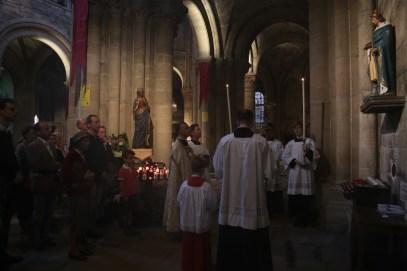 16 - prière à saint Louis en la collégiale de Poissy