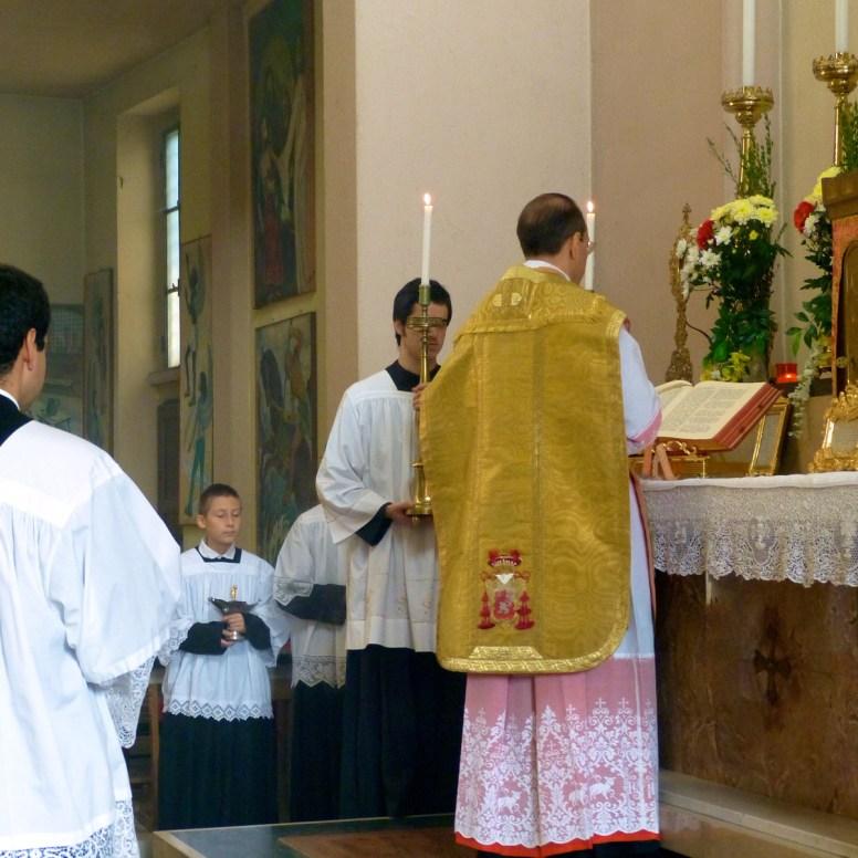 01 - 10 novembre 2013 - messe ambrosienne traditionnelle à San Rocco al Gentilino