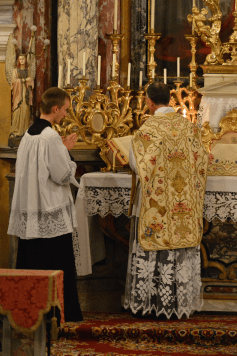 Messe de la fête du saint Cœur de Marie près de Turin 05