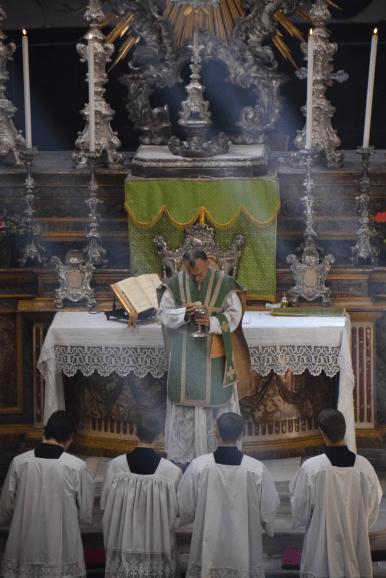 Messe du XIème dimanche après la Pentecôte à Turin 14 - Ecce Agnus Dei