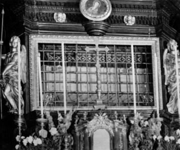 Ostension ancienne du saint Suaire 05