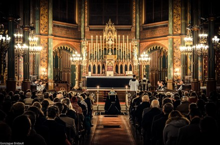 Requiem pour Louis XVI en 2014 - grande affluence à Saint-Eugène