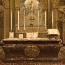 11 Messe de la saint Yves en la chapelle des Spiritains - l'autel