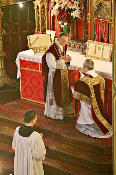 06 - Bénédiction du diacre avant l'évangile - Sainte Cécile 2015