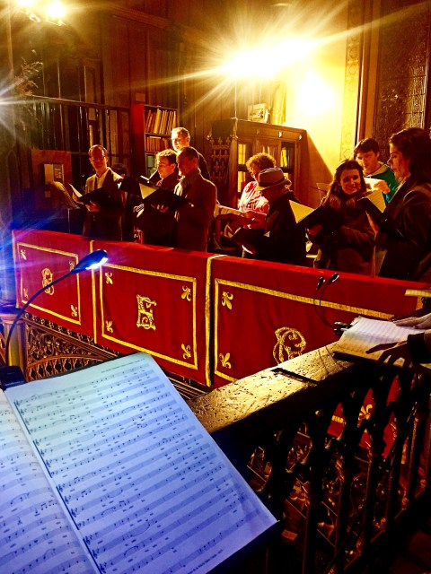 24 - La Schola Sainte Cécile répartie dans 4 tribunes pour la Messe à 4 choeurs de Marc-Antoine Charpentier - répétition pour la Sainte Cécile 2015
