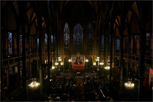Vue de la nef de Saint-Eugène depuis le grand orgue