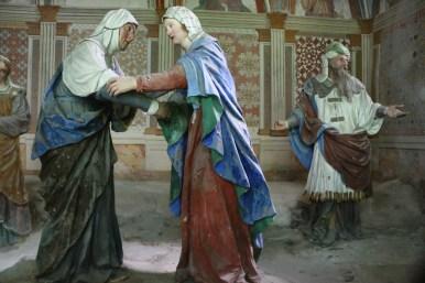 Sacro Monte de Varallo : la Visitation de la Vierge Marie à sa cousine Elisabeth.