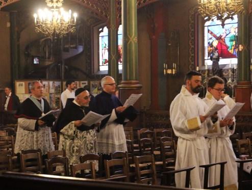 Vêpres stationnales de Pâques - procession à la Croix