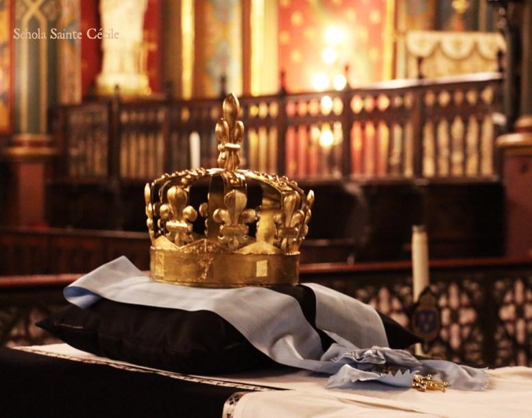Requiem pour Louis XVI : la couronne du catafalque, avec l'ordre du Saint-Esprit