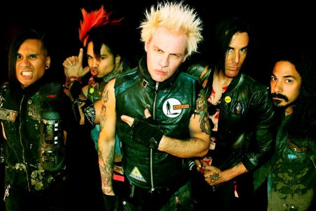 Powerman 5000 Still Has IT After All These Years!