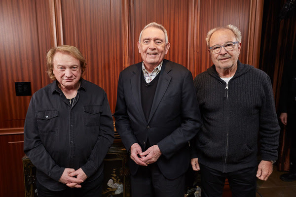 """LOU GRAMM & MICK JONES of FOREIGNER to Appear on """"The Big Interview"""" with DAN RATHER this Tuesday on AXS TV!"""