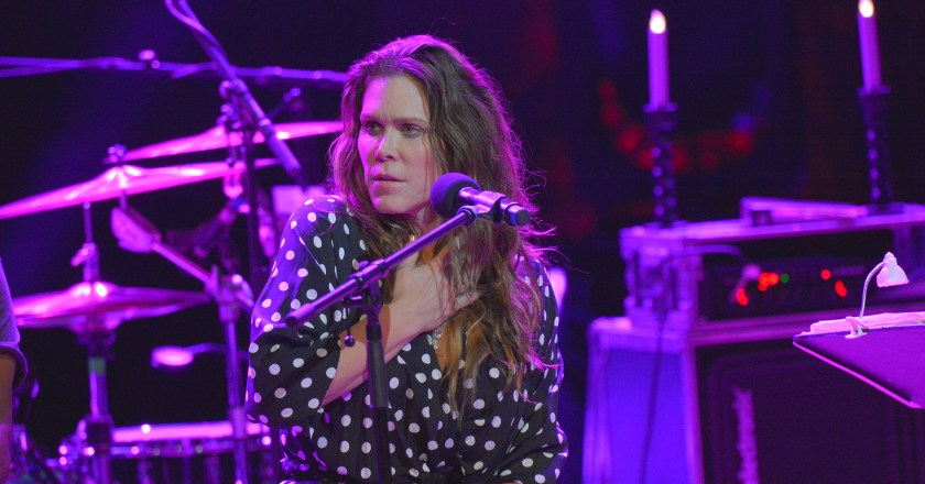 (Concert Review)  BETH HART Live at Bridgewater Hall in Manchester, United Kingdom (2/17/2020)