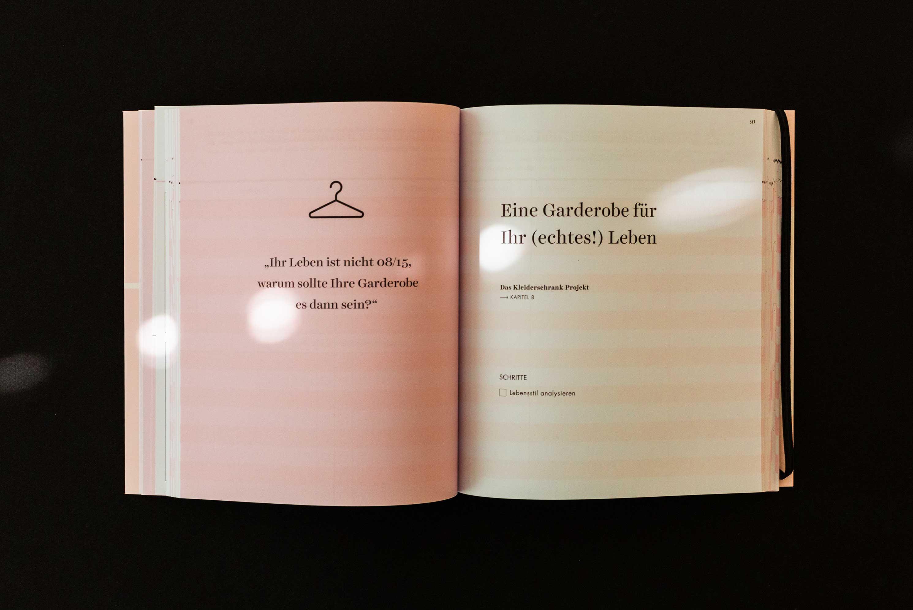 Das Kleiderschrank-Projekt Praxisbuch von Anuschka Rees