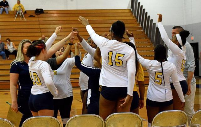 Women_s_Volleyball_2.jpg