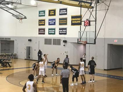 Davante Carter, #23, makes his shot at a free-throw.
