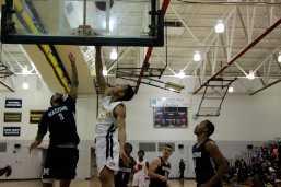 Men_Basketball-020619-04